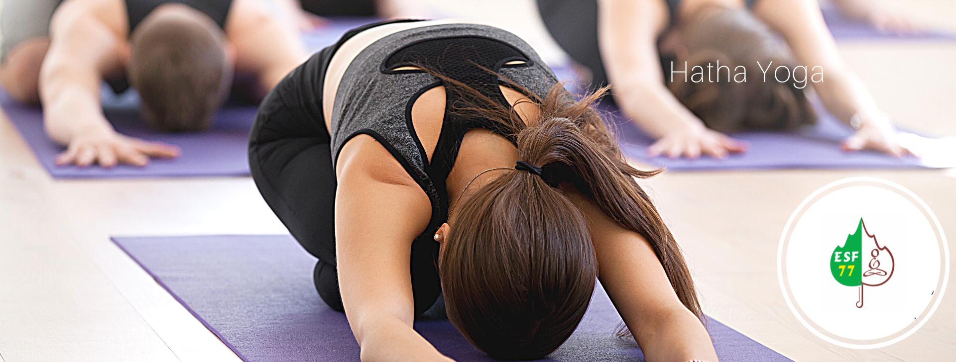 Postures de yoga ESF77