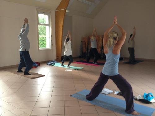 Esf77 yoga 2